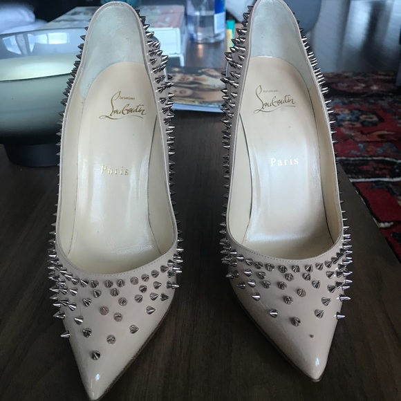 separation shoes 0f117 a3e1e Authentic Christian Louboutin Escarpic Spike Pump
